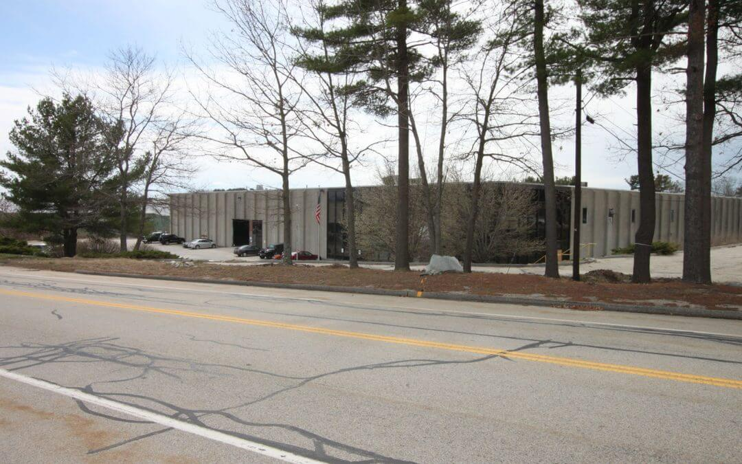 168,000 sf Warehouse at 5 Cudworth Road in Webster Leased