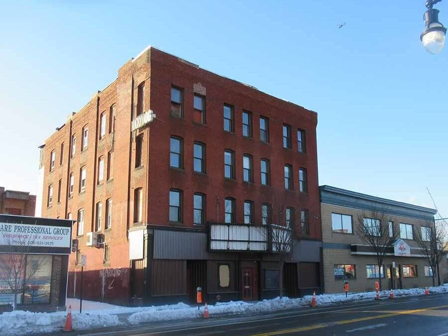 Cove Music Hall Sold For $900,000